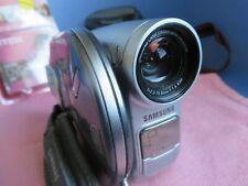 Samsung Dc164 Camcorder (Mini-Dvd) Bundle