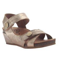 6.5 M OTBT Womens Tailgate Shoe Silver