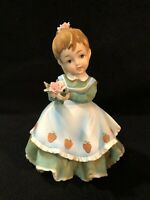 VINTAGE LEFTON CHINA GIRL WITH ROSE IN GREEN DRESS WITH STRAWBERRY APRON KW340A