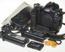 Canon EOS 1Ds prof. DSLR camera body +2 battery +memory card reader *63k clicks*
