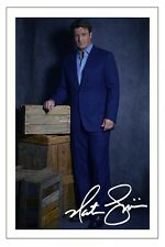 NATHAN FILLION CASTLE AUTOGRAPH SIGNED PHOTO PRINT