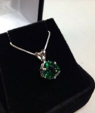 """BEAUTIFUL 1.5ct Trillion Cut Emerald Sterling Silver Pendant Necklace NWT 18"""""""