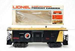 Lionel Trains 6-9268 Northern Pacific Railroad Bay Window caboose lighted Elvis