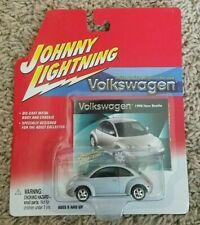 New! JOHNNY LIGHTNING - 1998 Volkswagen New Beetle Car - Silver - #359-01
