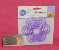 Flower,Blossom,Nesting Plastic Cookie Cutters,Wilton,6 pc.2304-116,Purple