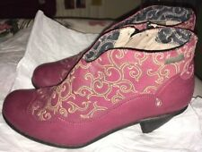 DKODE Burgundy Red Ankle Boots With Scroll Pattern 37/4