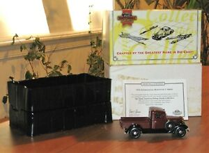 * MATCHBOX COLLECTIBLES 1:43 1934 INTERNATIONAL HARVESTER C SERIES PICKUP RED *
