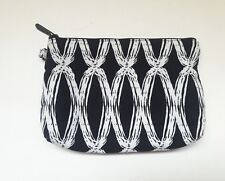Thirty-One Mini Zipper Pouch Black Links Cosmetic Make Up Bag ☆
