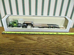 John Deere White WC Truck With Lowboy Trailer By SpecCast 1/50th Scale >