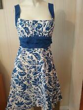 Women's Windsor Dress Size 9/10 Blue White Floral Built in Bra Tie Back Cotton
