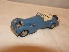 Western Models BugattiT46 5.3 Liter Roadster Blue and White 1935