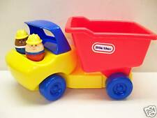 LITTLE TIKES TODDLE TOTS DUMP TRUCK WITH PEOPLE
