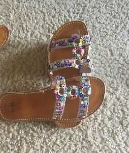 Handmade Moroccan Leather Sandals with multicolored sequins.