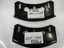 "JOHN DEERE Set of 2 Skid Shoes M135188 44"" & 47"" Snowblower 100 X300 X500 series"