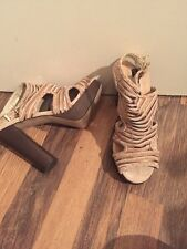 Gorgeous Suede Gold And Brown Sandals French Connection Size 5