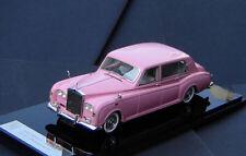 1/43 Rolls-Royce Phantom VI 1972  ( Pink )