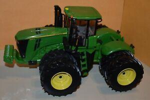 Ertl #45375A 1:32 John Deere JD 9510R Tractor Green 2012 Farm Show MIB '12