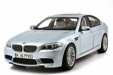 1:18 BMW m5 2012 f10 silverstone-II Argent-Dealer-Edition-OEM - paragon