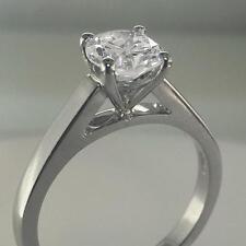 Diamond Round Ring set in Platinum 1.10ct GIA-Certificated E VS1 Brilliant Cut