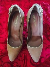 SERGIO ROSSI Forest Salmon Pink Suede Pointed Toe Buckle Detail Pumps Size 38