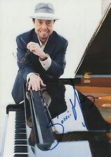 Sergio Mendes Autogramm signed 20x30 cm Bild