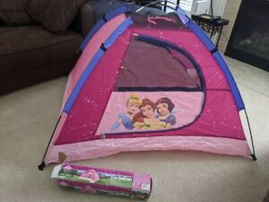 "Disney Princess 5"" x 4"" kids dome tent Indoor/outdoor"