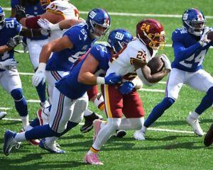 ANTONIO GIBSON 8X10 PHOTO WASHINGTON REDSKINS NFL FOOTBALL PICTURE VS GIANTS