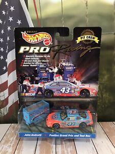 Car 1:64 Diecast NASCAR Hot Wheels John Andretti STP Pit Crew Tool Box Diorama