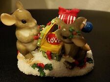 Fitz and Floyd Charming Tails Love Is The Best Gift 98/243 Mice Christmas Gifts