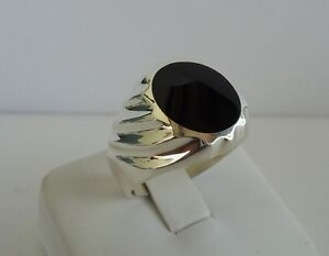 925 STERLING SILVER MEN'S GENTLEMAN RING W/ BLACK ONYX SZ 9-12  SOLID DESIGN