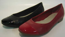 Zapatos planos de mujer Clarks color principal rojo