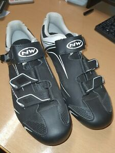Northwave Road cycling shoes Odd Sized Pair Left Eu44, Right Eu43