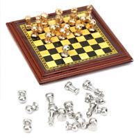 Schach mit Figure Miniature Geocoin trackable Geocaching Travelbug WEihnachten