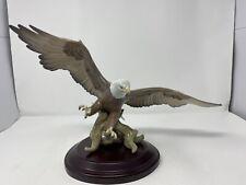 Lladro A SYMBOL OF PRIDE Eagle Figurine #6476 1998-2001 Mint