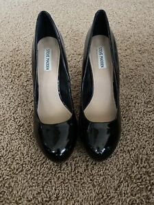 Steve Madden Traisie Black Patent Leather Size 10 Pumps