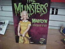 The Munsters  MARILYN MUNSTER 1:6 Scale  by Tweeterhead  2016  $229 free shippin