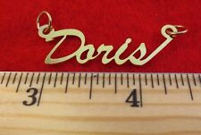 "14KT GOLD EP ""DORIS"" PERSONALIZED NAME PLATE WORD CHARM PENDANT 6114"