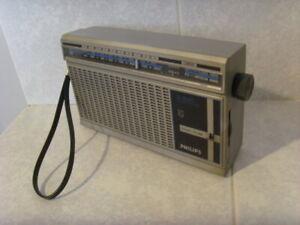 Transistor Philips D-1040 de 1984, fonctionne en GO (capte RTL)