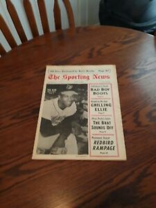 AUGUST 19,1967-THE SPORTING NEWS-PAUL BLAIR OF THE BALTIMORE ORIOLES(MINT)