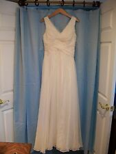 A Line ivory wedding dress sz 8- 10 simple elegant chiffon woven pattern
