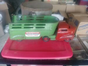 Antique Wyandotte Truck Lines Pressed Steel Truck And Trailor