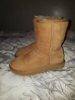 genuine ugg classic boots size 5.5 .