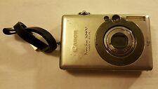 Canon PowerShot Digital ELPH SD400 / Digital IXUS 50 5MP Digital Camera - Silver
