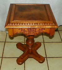 Oak Carved Plant Stand / End Table  (T575)