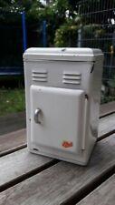 alter Puppenkühlschrank, Puppenstube, Metall