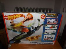 HOT WHEELS, TRACK BUILDER SYSTEM, ROCKET LAUNCH CHALLENGE, W/CLEAR VEHICLE, NIB