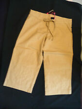 LOW RISE 3/4 LENGTH LINEN TROUSERS IN THE COLOUR:  STONE SIZE 10