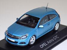 1/43 Minichamps Street Opel Astra GTC in Blue Dealer Edition