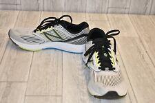 New Balance 890v6 Running Shoe - Men's Size 10.5D, White/Black/Lime/Blue
