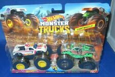 Hot Wheels Monster Trucks 2-pack Scorcher VS 32 Degrees Fyj67